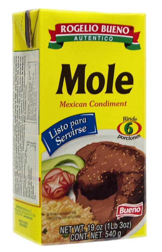 Mole rojo en salsa Rogelio Bueno